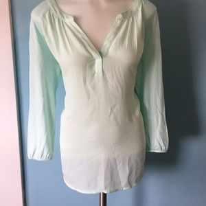Mint split neck top